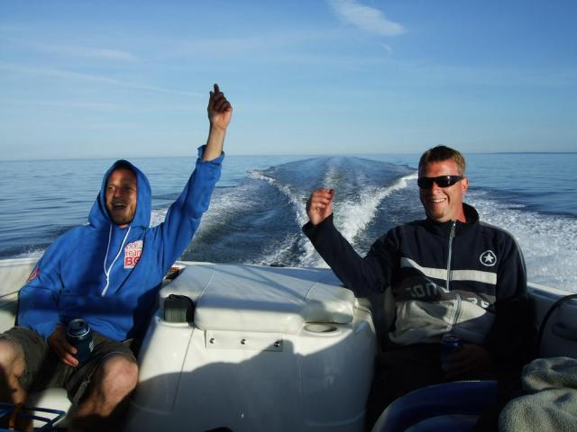 Get your Canadian pleasure craft operator card now if you want to have some fun like these two dummies.